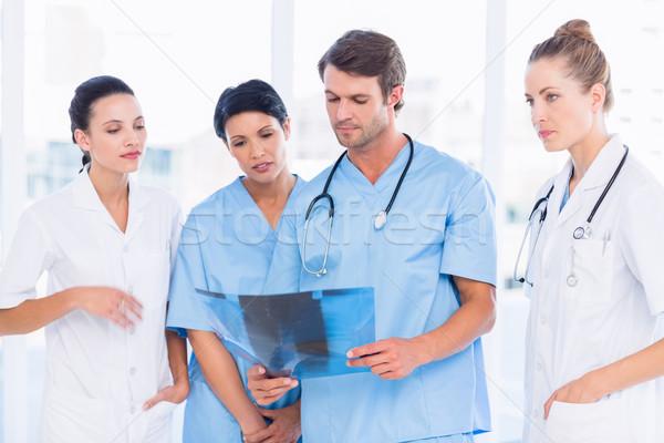 группа врачи хирурги Xray ярко Сток-фото © wavebreak_media