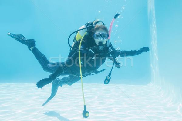 Nő búvár képzés úszómedence ünnepek víz Stock fotó © wavebreak_media