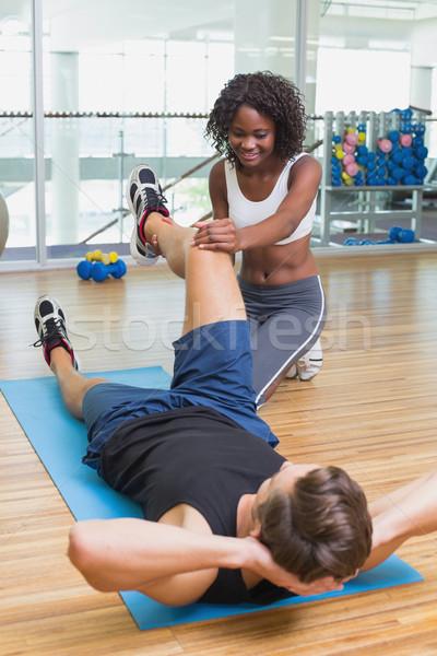 Személyi edző dolgozik ügyfél testmozgás sport test Stock fotó © wavebreak_media