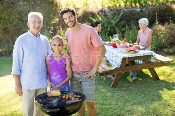 Meisje vader grootvader barbecue park portret Stockfoto © wavebreak_media