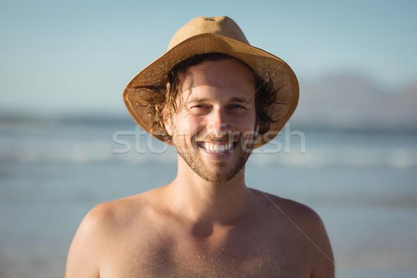 Portret szczęśliwy półnagi człowiek hat Zdjęcia stock © wavebreak_media