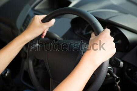 Mulher condução carro mãos mão viajar Foto stock © wavebreak_media