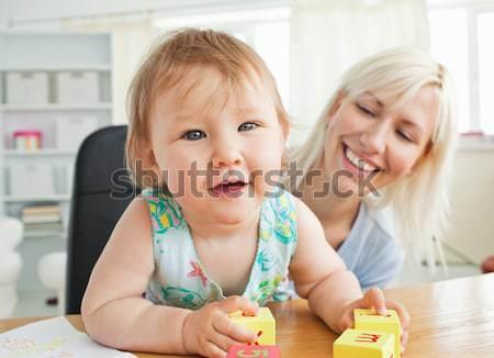 Aranyos testvérek eszik kekszek konyha szeretet Stock fotó © wavebreak_media