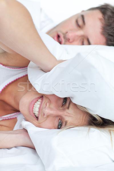 女性 ベッド 彼氏 いびき 頭 ストックフォト © wavebreak_media