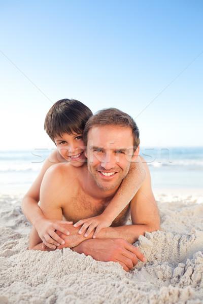 Syn ojca plaży niebo wody człowiek szczęśliwy Zdjęcia stock © wavebreak_media