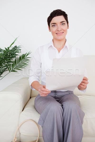 Nő papír váróterem pénz textúra otthon Stock fotó © wavebreak_media