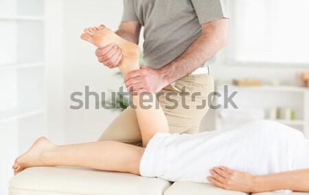 カイロプラクター 女性 脚 手術 手 ストックフォト © wavebreak_media