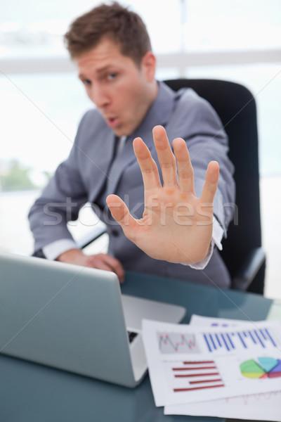 стороны молодые бизнесмен используемый сигнала остановки Сток-фото © wavebreak_media