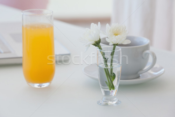 Photo stock: Fleur · blanche · vase · café · jus · d'orange · table · maison