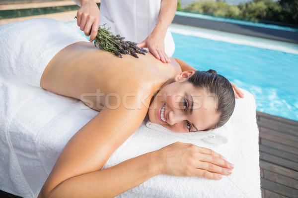 Femme souriante aromathérapie traitement à l'extérieur spa sourire Photo stock © wavebreak_media