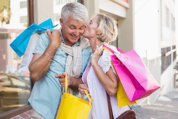 Felice maturo Coppia guardando shopping Foto d'archivio © wavebreak_media