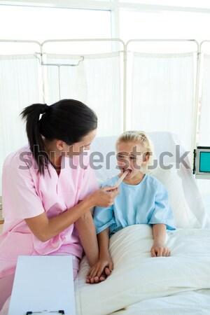 Orvos szívdobbanás iroda nő orvosi szoba Stock fotó © wavebreak_media