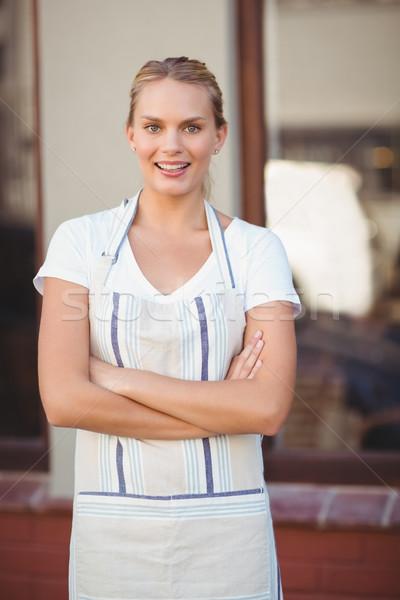 Glimlachend blond serveerster portret coffeeshop Stockfoto © wavebreak_media