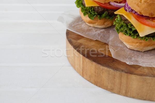 Hamburger tabeli ser mięsa Zdjęcia stock © wavebreak_media