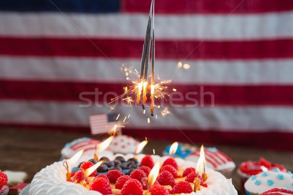 Patriótico bolo mesa de madeira fruto Foto stock © wavebreak_media