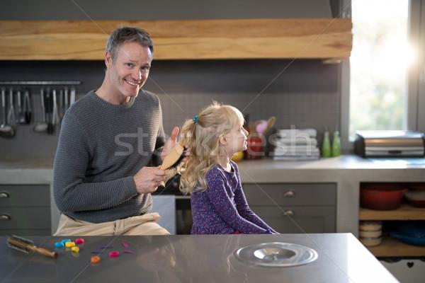 Dochter haren keuken meisje liefde gelukkig Stockfoto © wavebreak_media