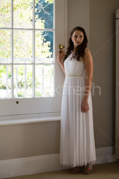 Bruid permanente venster home vrouw Stockfoto © wavebreak_media