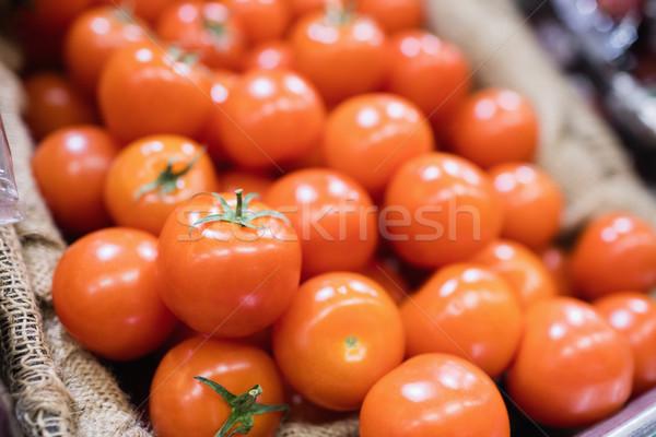 Widoku pomidory półka supermarket zakupy detalicznej Zdjęcia stock © wavebreak_media