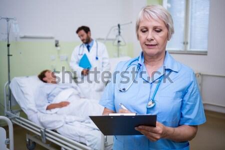 врачи цифровой таблетка ходьбе лестницы Сток-фото © wavebreak_media