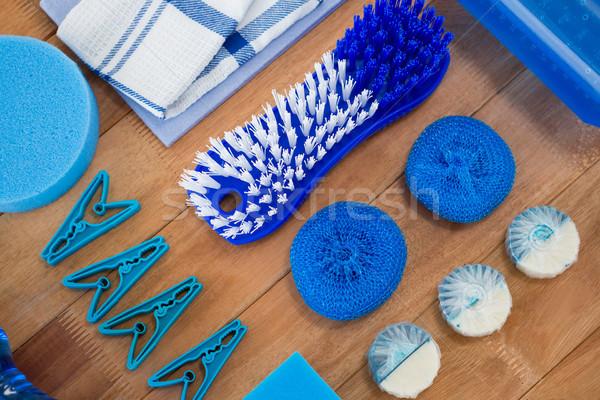 Borstel wasknijper spons Blauw schoonmaken Stockfoto © wavebreak_media