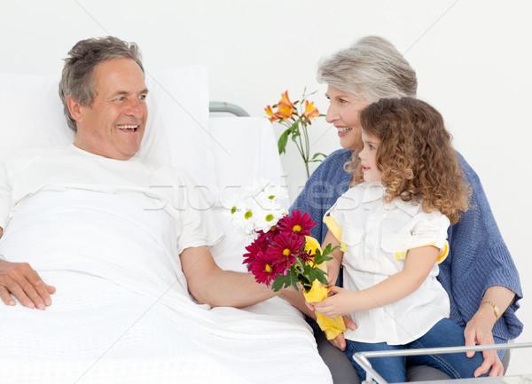 девочку говорить дедушка и бабушка больницу цветы человека Сток-фото © wavebreak_media