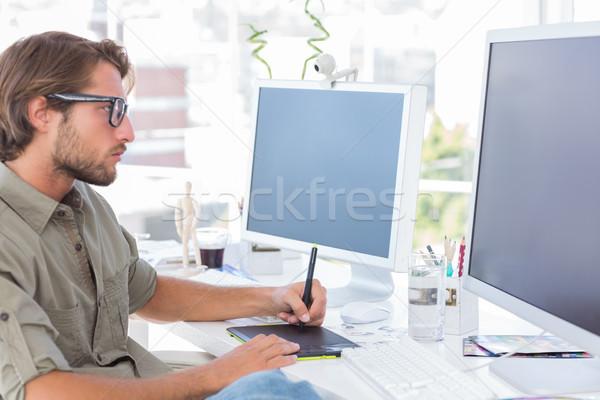 Graficzne artysty grafiki tabletka biurko komputera Zdjęcia stock © wavebreak_media
