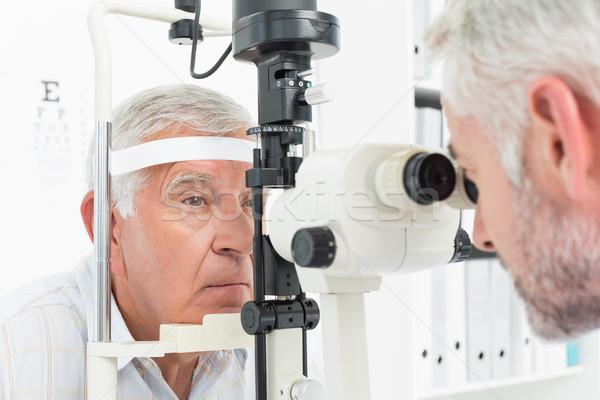 Optometrikus látnivaló tesztelés idős beteg közelkép Stock fotó © wavebreak_media
