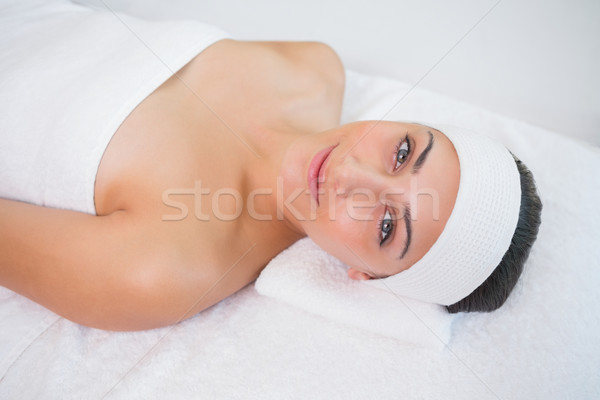 Paisible brunette massage table heureux Photo stock © wavebreak_media