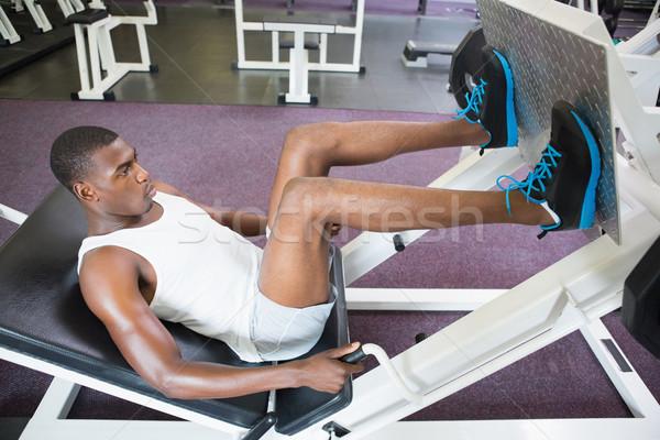 男性 脚 ジム 側面図 スポーツ ストックフォト © wavebreak_media