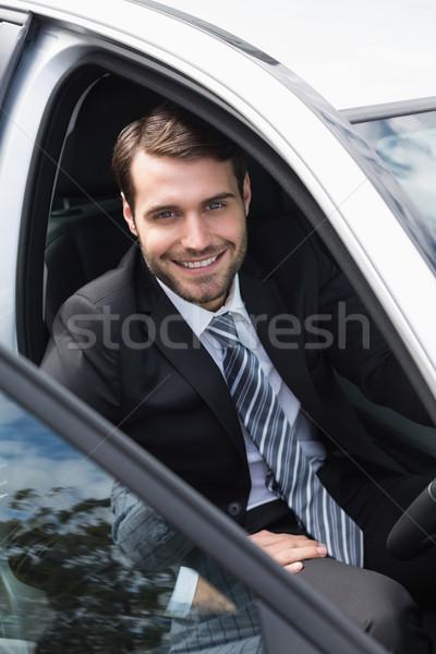 Geschäftsmann Sitzung Sitz Auto Straße Fenster Stock foto © wavebreak_media