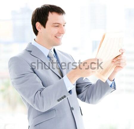 Lächelnd Geschäftsmann Text Schreibtisch Büro Stock foto © wavebreak_media