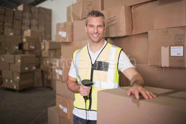 Munkás csomag raktár utasítás férfi ipar Stock fotó © wavebreak_media