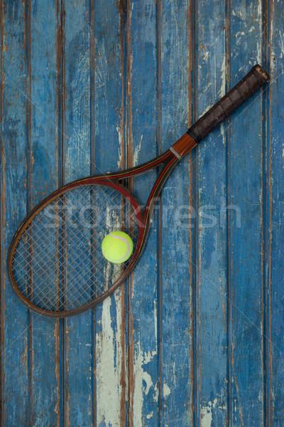 Bruin tennisracket bal Blauw houten tafel Stockfoto © wavebreak_media