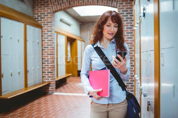 Dojrzały student tekst uczelni kobieta Zdjęcia stock © wavebreak_media