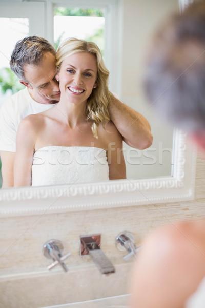 муж целоваться жена шее ванную женщину Сток-фото © wavebreak_media
