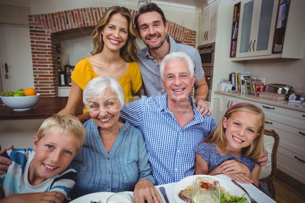 幸せ 多世代家族 ダイニングテーブル 肖像 少女 食品 ストックフォト © wavebreak_media