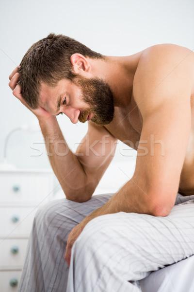 Deprimido hombre mano cabeza casa ocio Foto stock © wavebreak_media