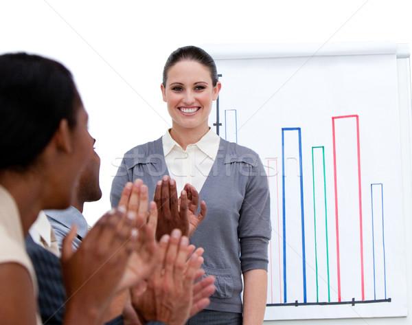 Sorridere imprenditrice statistiche società bianco Foto d'archivio © wavebreak_media