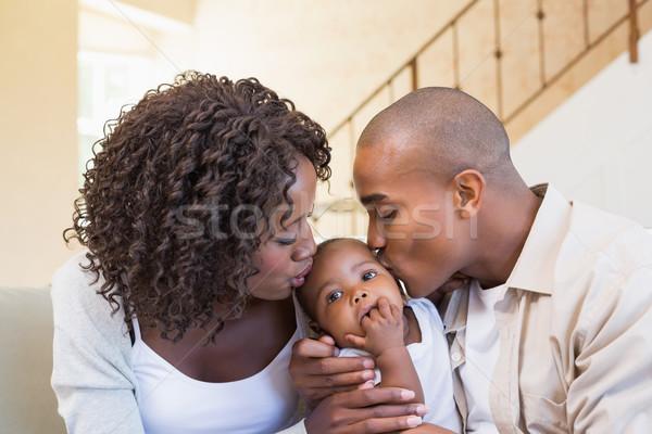 幸せ 小さな 両親 時間 赤ちゃん ソファ ストックフォト © wavebreak_media