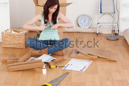 Boldog férfi ül hát mozog beköltözés Stock fotó © wavebreak_media