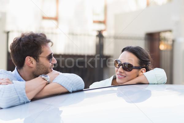Fiatal pér mosolyog egyéb kívül autó női Stock fotó © wavebreak_media