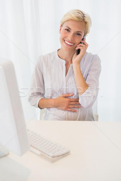 Portre gülen sarışın kadın bilgisayar kadın Stok fotoğraf © wavebreak_media