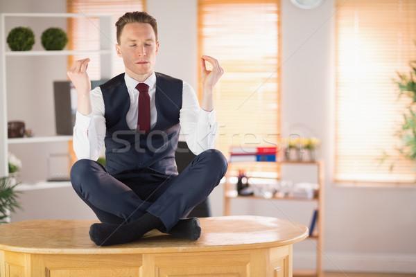 ビジネスマン 瞑想 蓮 ポーズ オフィス ストックフォト © wavebreak_media