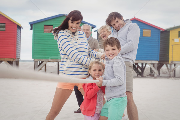 Famiglia giocare guerra amore uomo felice Foto d'archivio © wavebreak_media