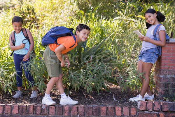 Happy kids enjoying field trip Stock photo © wavebreak_media