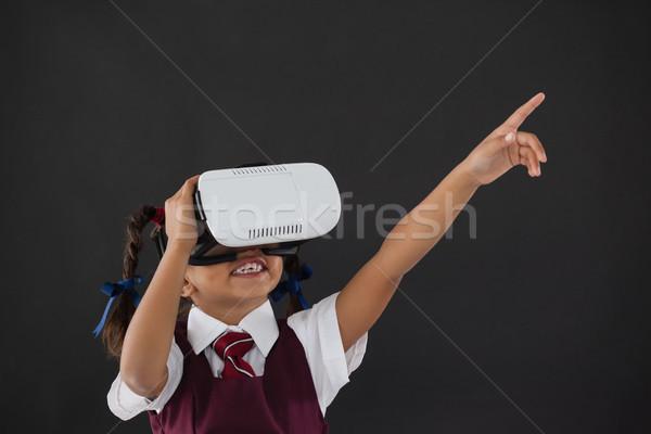 Stok fotoğraf: öğrenci · sanal · gerçeklik · kulaklık · tahta · sınıf
