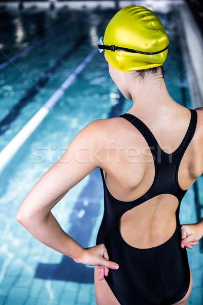 úszó nő nyújtás perem úszómedence hátsó nézet Stock fotó © wavebreak_media