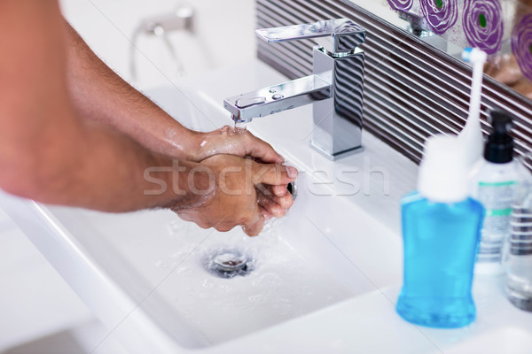 Waschen Hände läuft Wasser Bad Stock foto © wavebreak_media
