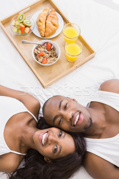 Portret bed ontbijt dienblad naast Stockfoto © wavebreak_media