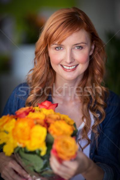Femenino florista flores Foto stock © wavebreak_media